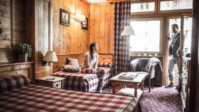 H tel altitude hotel altitude h tel de luxe 3 toiles val d 39 is re - Chambre des metiers isere ...